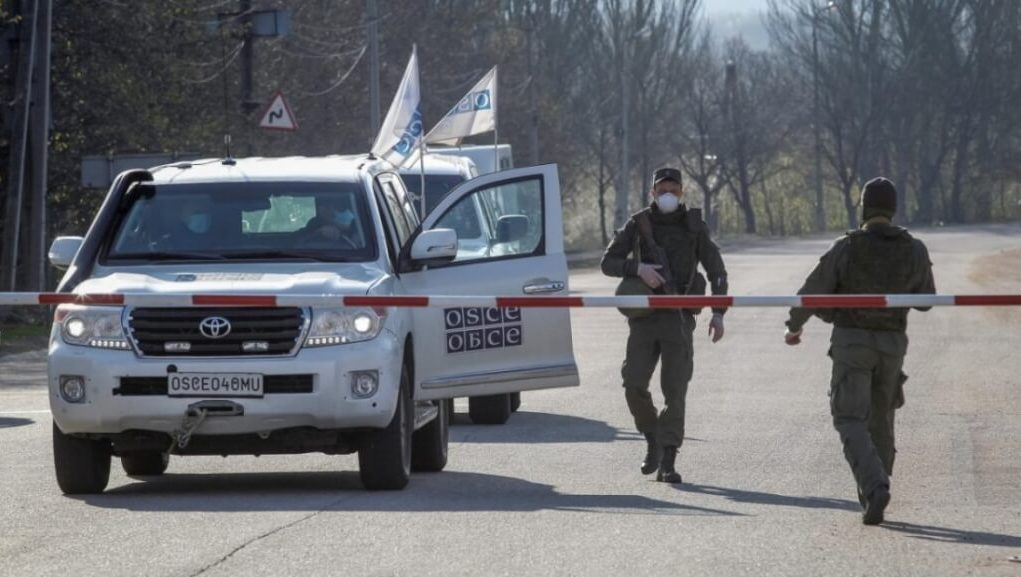 Ukraine: 700 ceasefire violations leads to permanent war with Russia