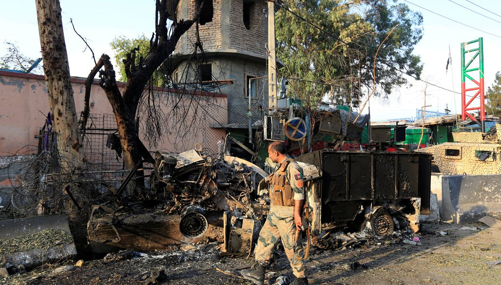daesh isis afghanistan terrorist attack killed 20 men in prison in jalalabad, afghanistan news, isis terrorism in afghanistan, terror news, world news, military news, prisoners killed by isis in jalalabad prison afghanistan, world news, breaking news, latest news; The Eastern Herald News