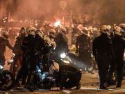 Chaos in Athens - Great clashes between police and protesters