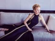 Nicole Kidman appears as a Greek goddess