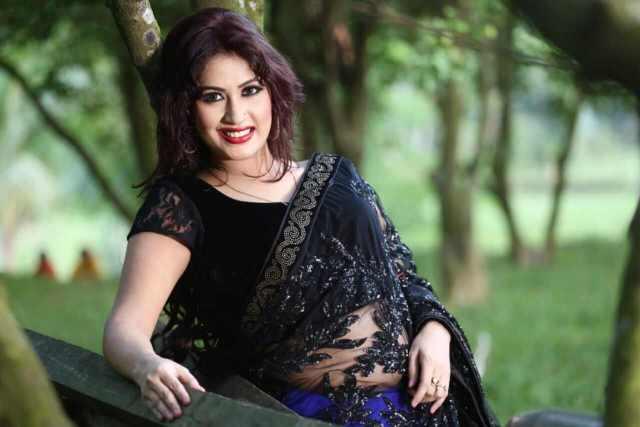 Bangladeshi cine star Sabrina Sultana Keya's glamorous two decades