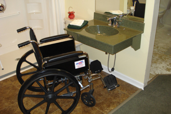 Ada bathroom vanity for Building a wheelchair accessible home