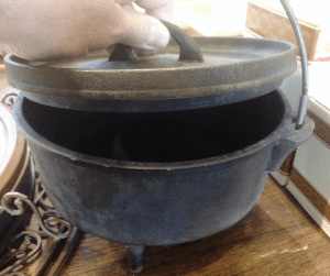 cast-iron-pot-fb
