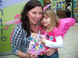 4 year old Emily Lesley with mum Lisa from Chandlers Ford
