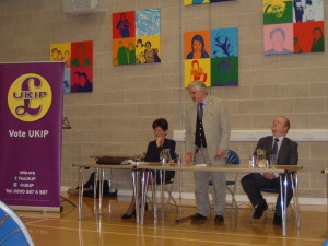 Eastleigh UKIP chairman, Glynn  Davies Dear, gets the meeting started by introducing MEP candidates Diane James (left) and Barry Connor