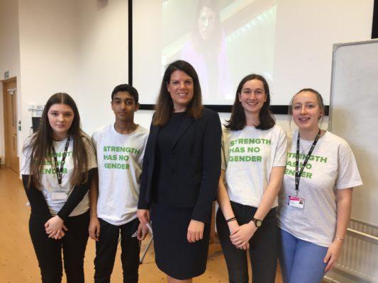 Caroline Nokes MP with the Barton Peveril student Ambassadors 3