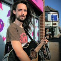 Local busker through to regional final of Open Mic UK