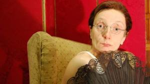 Amanda Lawrence plays Carry On star Charles Hawtrey in jiggery Pokery. Photo: Sadie Lee