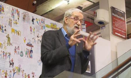 Dan talking at Rich Mix in Bethnal Green Pic: Dan Jones