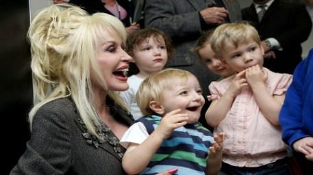 Singer Dolly Parton Pic: Peabody