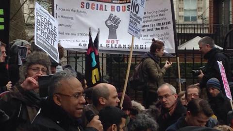 Ex-mayor Lutfur Rahman speaking to crowds outside Shoreditch Church. Pic: Hannah Calder