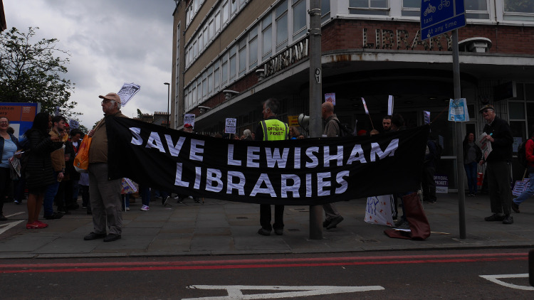 Save Lewisham Libraries protest. Pic: Holly Gazzard