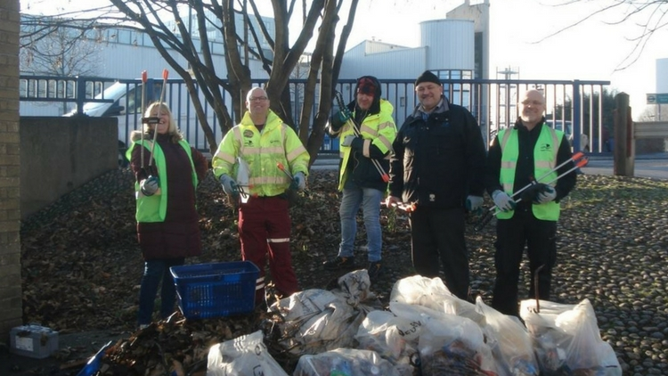 Volunteers from the December Clean Up in Bow. Pic: Tower Hamlets council
