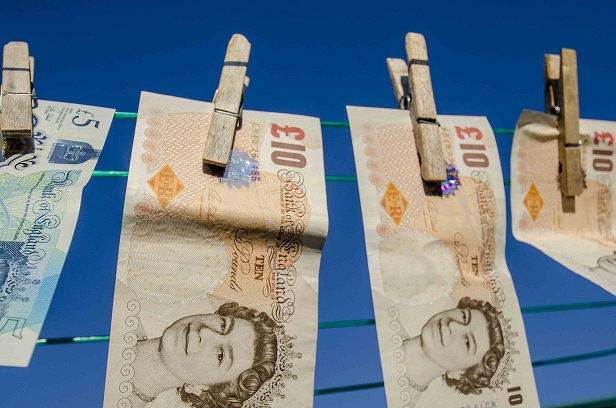 1st March Deadline to Spend Old £10 Notes Looms