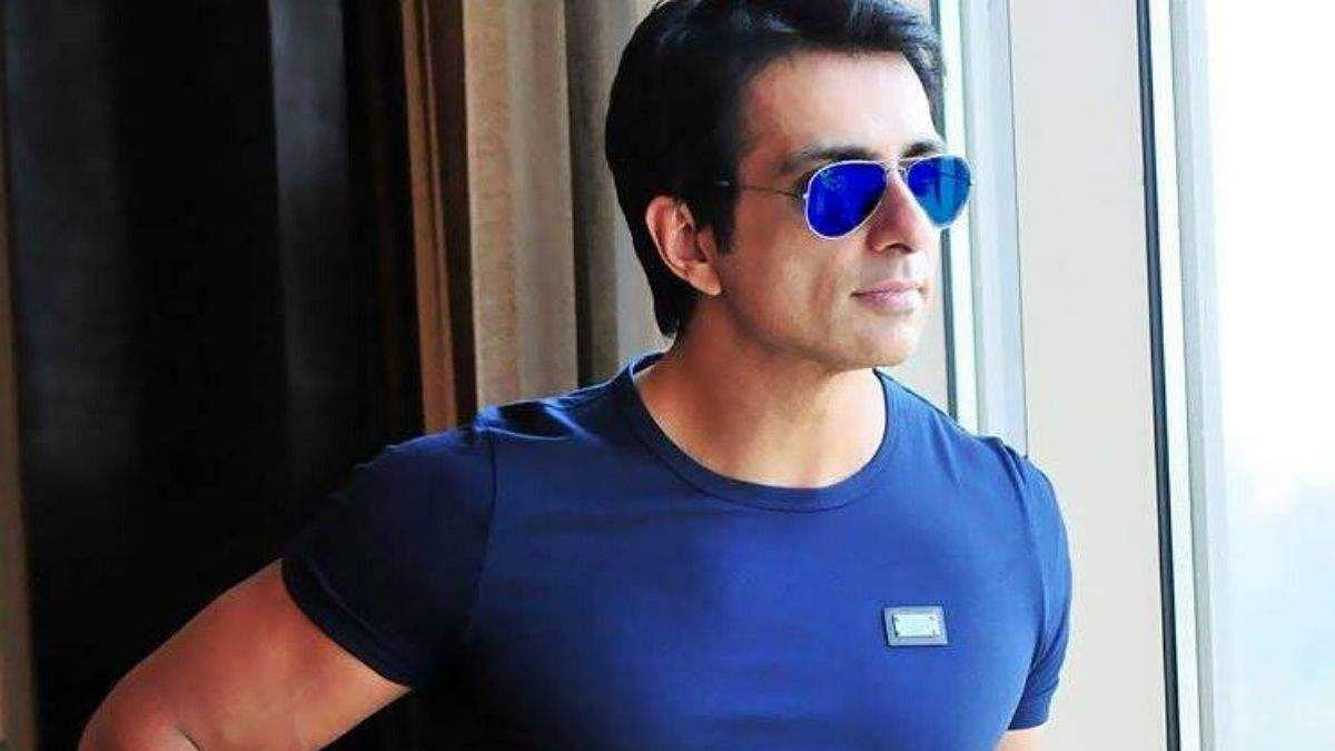 Sonu Sood sells egg, bread on bicycle to promote small businesses