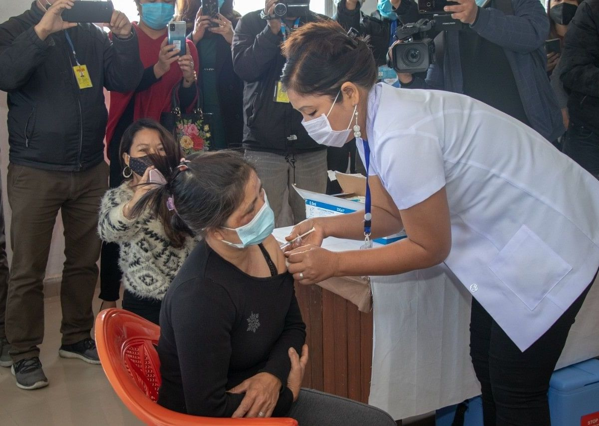 Manipur: Kuki outfit announces cash rewards to fully-vaccinated villages