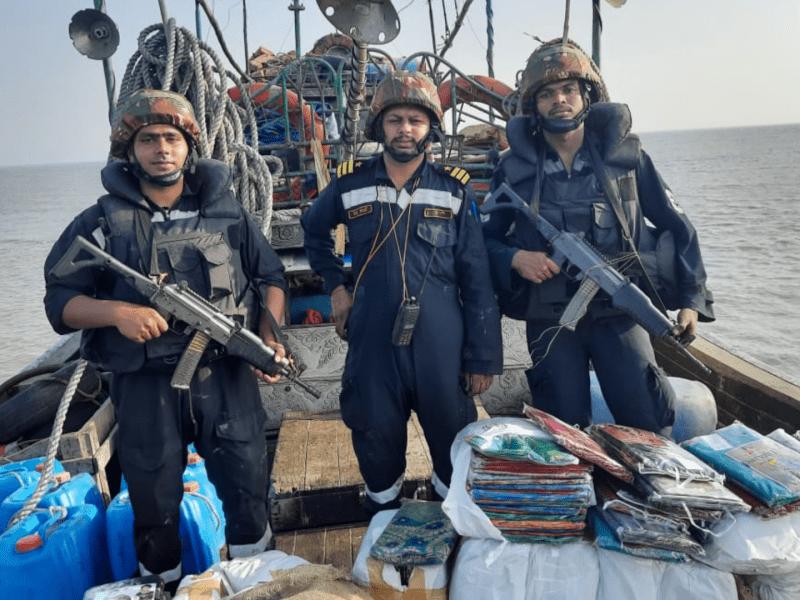 Indian Coast Guard hands over Bangladesh boat to Sundarban police