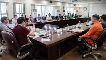 Pema Khandu meets officials over Itanagar's dire waste management