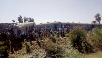 Train crash kills 32 in southern Egypt