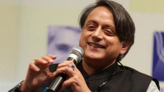 Shashi Tharoor's perfect English vocabulary has amazed many