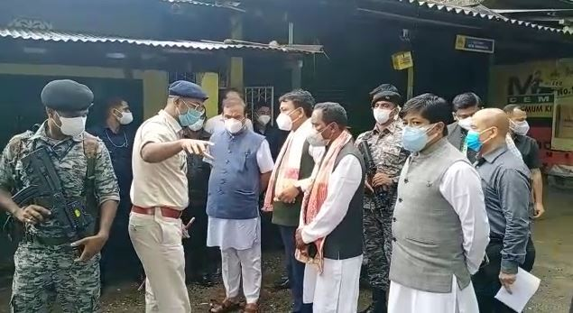 Assam CM visits Digboi blast site, announces compensation