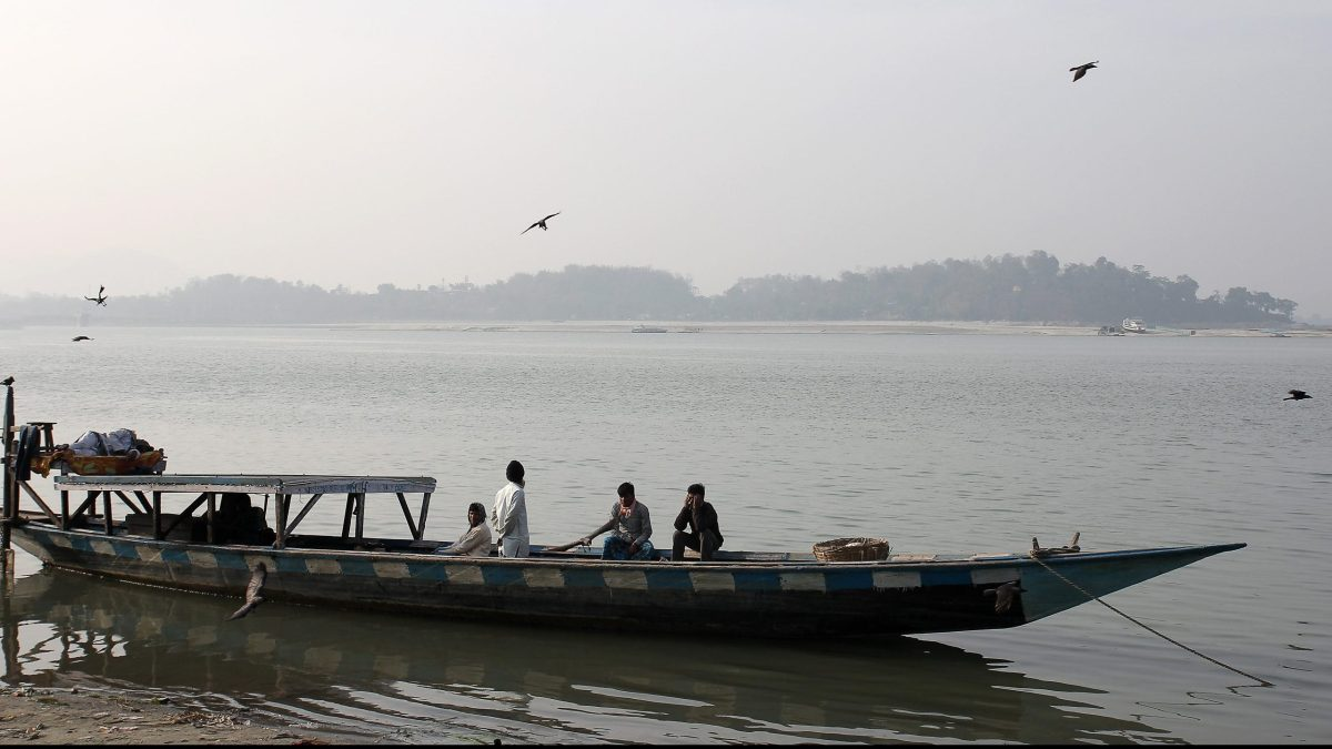 100 people on two ferries stuck in the middle of Brahmaputra in Majuli