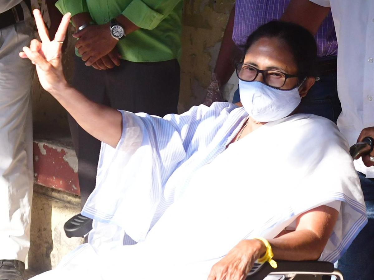West Bengal CM Mamata won't release CS, tells PM to rescind recall order