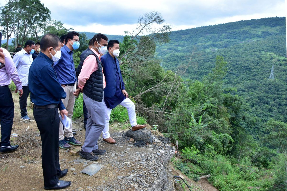 Manipur minister assures compensation to landslide-hit families in Senapati