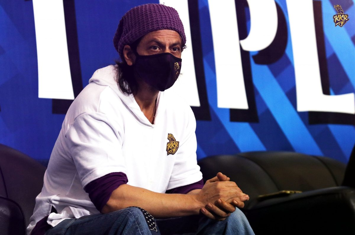 Shah Rukh Khan thanks fans as he completes 29 years in Bollywood