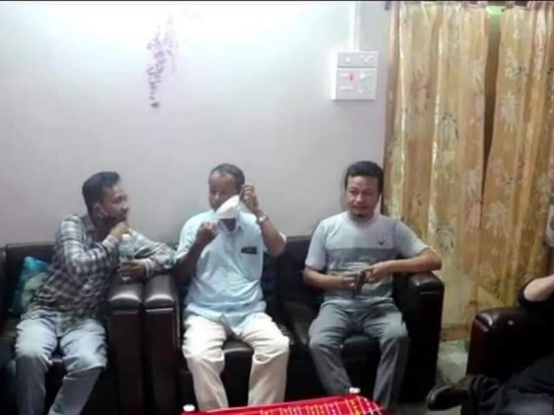 Tripura: Amid speculations, TIPRA chairman Pradyot meets IPFT MLA Brishaketu Debbarma