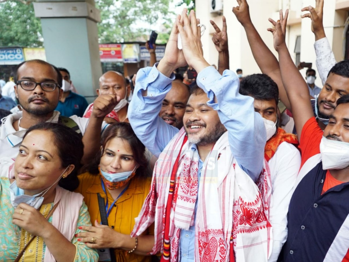 Congress, Raijor Dal talk on alliance to fight assembly by-polls in Assam