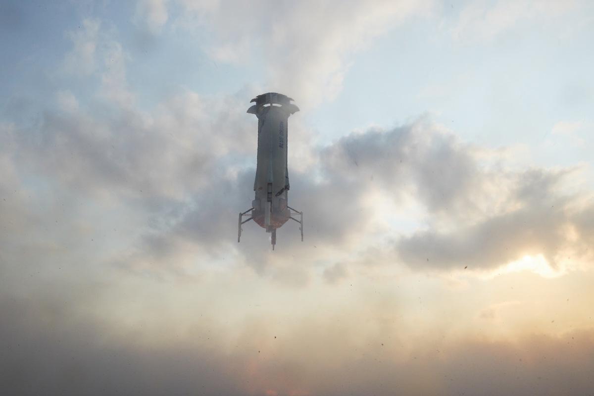 Space tourism: Rockets emit 100 times more CO2 per passenger than flights