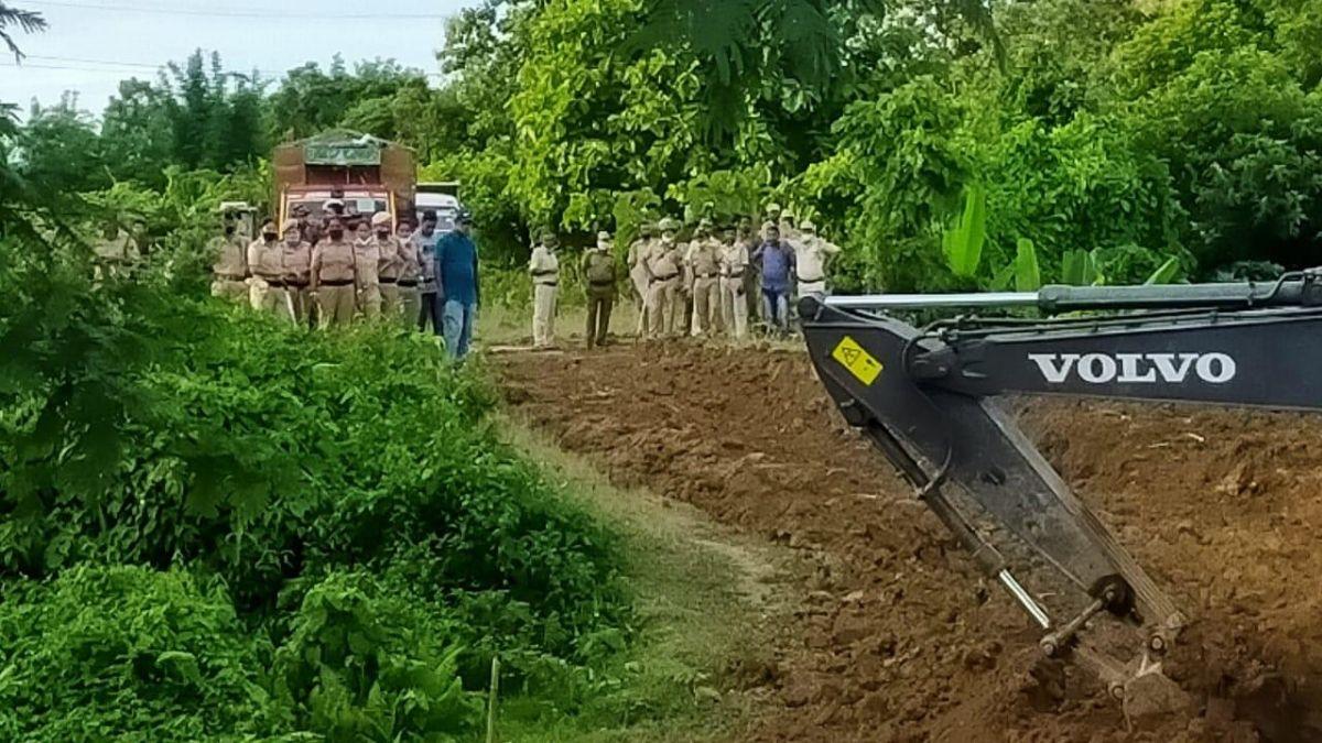 Home minister has 'failed' country: Rahul on Assam-Mizoram border violence