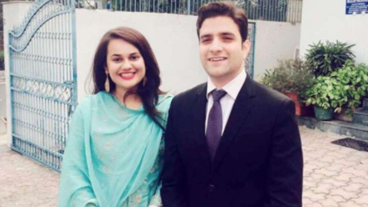 India's famous IAS topper couple Tina Dabi, Athar Aamir Khan divorced