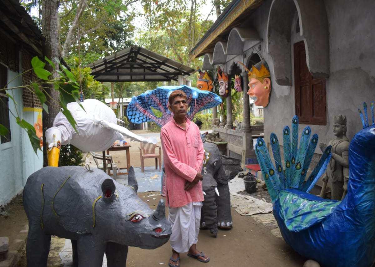 Majuli mask making