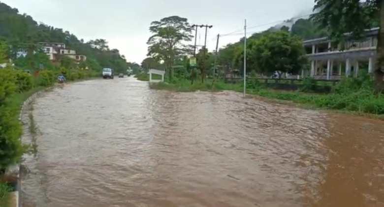 Meghalaya Highway Ri Bhoi Waterlogging