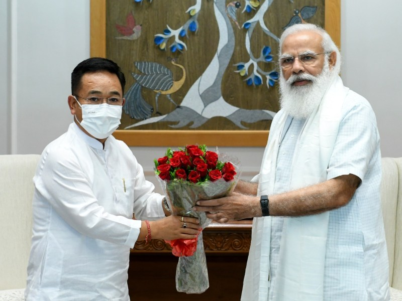 Reservation of Limboo, Tamang seats in Assembly: Sikkim CM submits memo to PM
