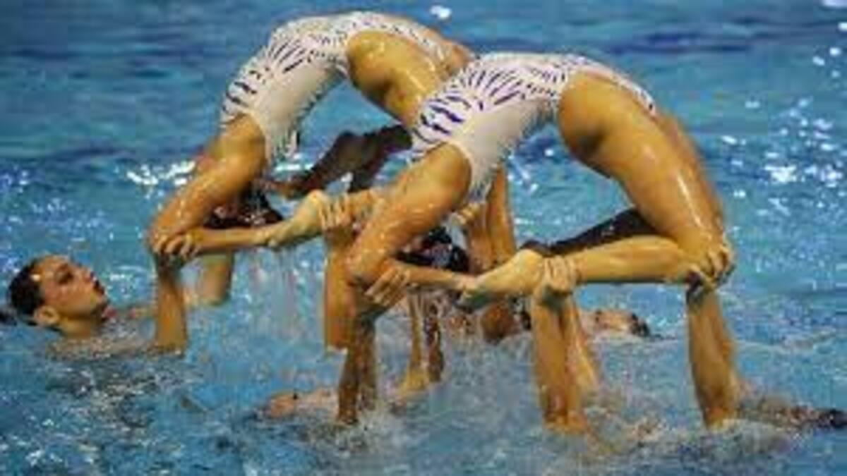 greek swimmers