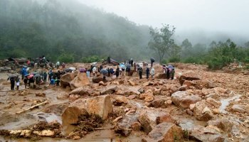 Landslides cut off Sikkim from rest of India, clearing works on