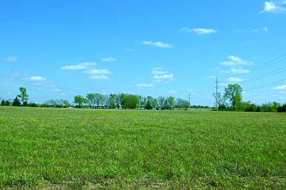 37-7-hilltop-meadow-small-pond-paris-tx-field