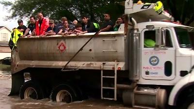 Houston-Floods-jpg_20160419075401-159532
