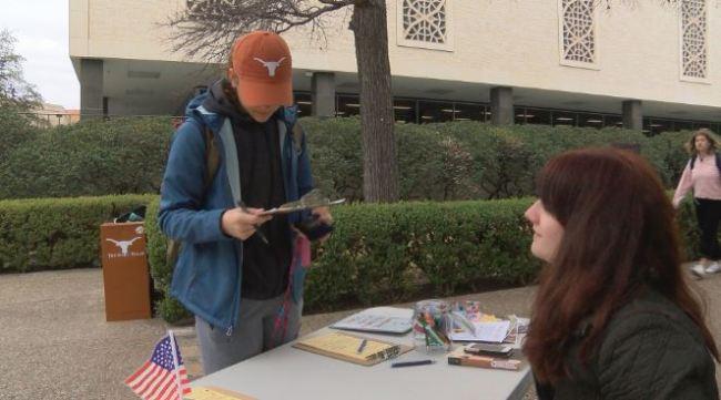 voter registration-54787063