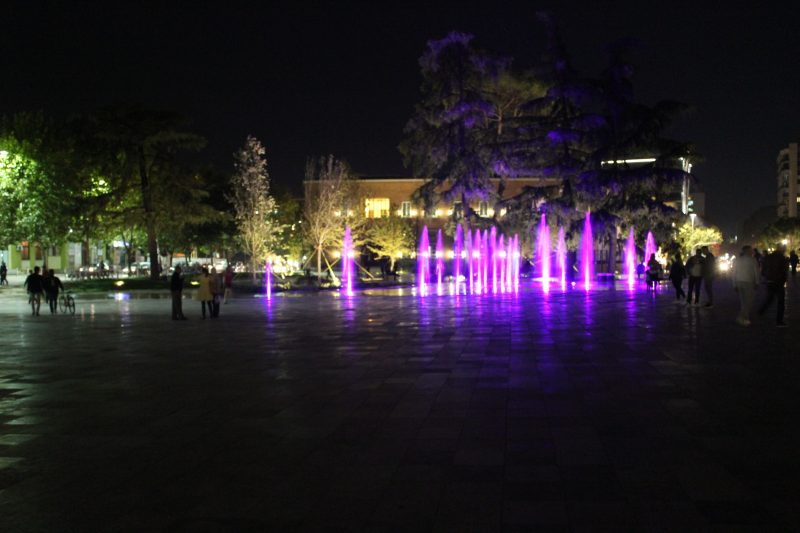 Tirana Skenderbeg trg