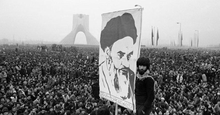 iranska revolucija