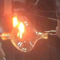 """Thrill-seeker's"" theater of glass, heat and light opens for FIA ""Hot Shop"" crowds"