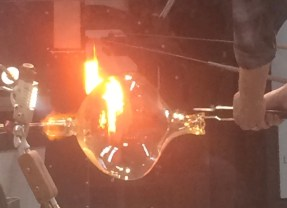 """""""Thrill-seeker's"""" theater of glass, heat and light opens for FIA """"Hot Shop"""" crowds"""