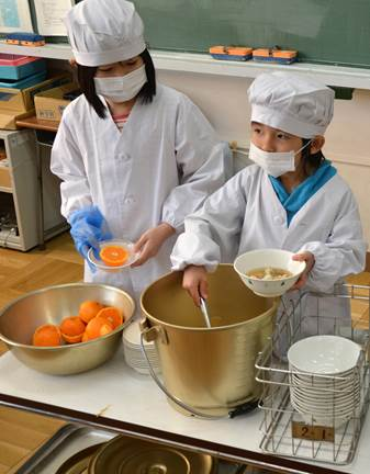 Lunch at Sanya Elementary School in Tokyo is an occasion for food education