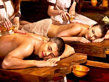 Taila Dhara Ayurvedic treatment