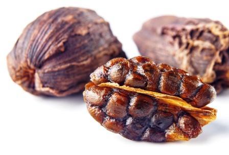 Greater cardamom pods