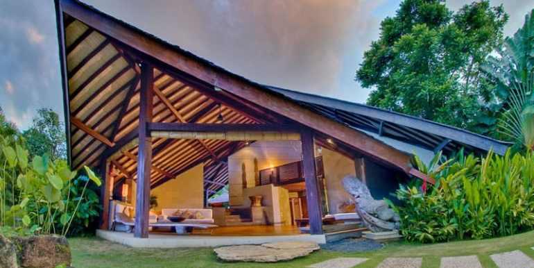 Bali-Bali-One-Exterior-Sunset
